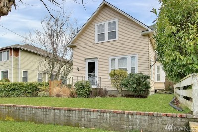 University Place Single Family Home For Sale: 2543 Locust Ave W