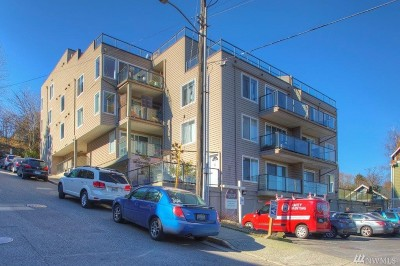 Condo/Townhouse Sold: 3022 SW Bradford St #303