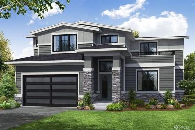 Kirkland Single Family Home For Sale: 716 3rd Lane S
