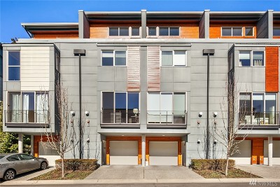 Issaquah Condo/Townhouse For Sale: 4226 213th Place SE #27