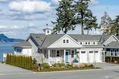 Anacortes Single Family Home For Sale: 4420 Cutter Dr