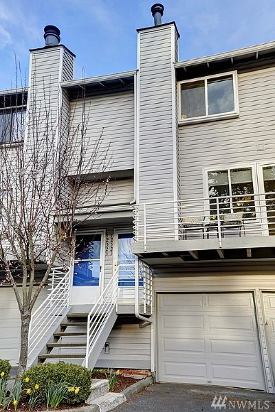 Bellevue Condo/Townhouse For Sale: 12523 SE 30th St #2523