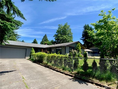 Lacey Single Family Home For Sale: 4218 Hornet Dr NE