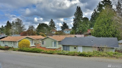 Bremerton Multi Family Home For Sale: 2010 N Cambrian Ave