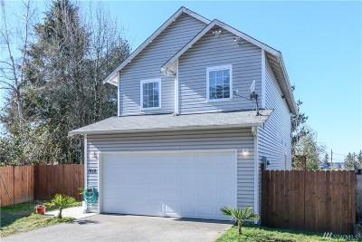 Renton Single Family Home For Sale: 1815 NE Harrington Ave NE