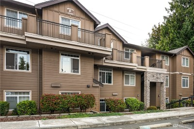 Bothell Condo/Townhouse For Sale: 18930 Bothell Everett Hwy #F105