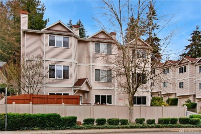 Shoreline Condo/Townhouse For Sale: 19629 15th Ave NE