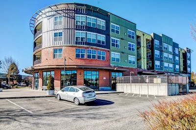 Stanwood Condo/Townhouse For Sale: 7104 265th St NW #210