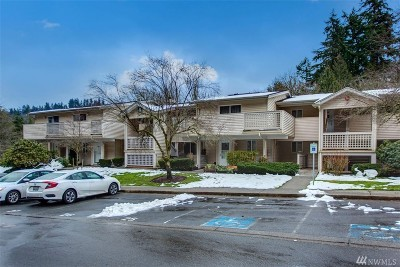 Bothell Condo/Townhouse For Sale: 15615 Waynita Wy NE #B204
