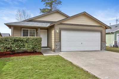 Blaine Single Family Home Pending: 7371 Yellow Fin Ct