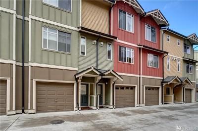 Tacoma Condo/Townhouse For Sale: 2160 Yakima Ct #308