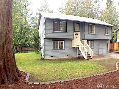Poulsbo Single Family Home For Sale: 8055 NE Seawind Ave