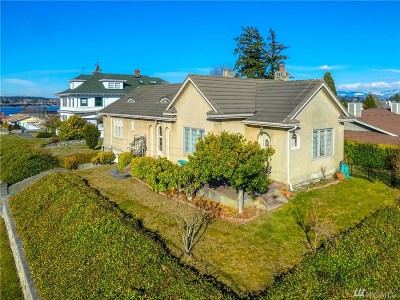 Anacortes Single Family Home Pending: 1420 8th St