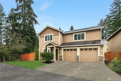 Lynnwood Condo/Townhouse For Sale: 18832 18th Place W #7