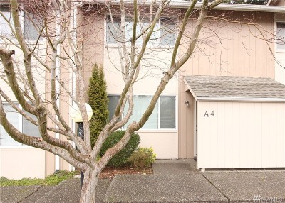 Olympia Condo/Townhouse Pending: 2300 9th Ave SW #A4