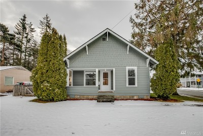 Lynden Single Family Home For Sale: 887 Main St