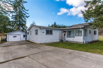 Oak Harbor Single Family Home For Sale: 1171 Lisa St