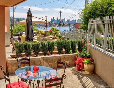 Seattle Condo/Townhouse For Sale: 3900 2nd Ave NE #201