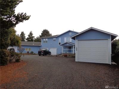 Grays Harbor County Single Family Home Pending: 394 S Razor Clam Dr SW