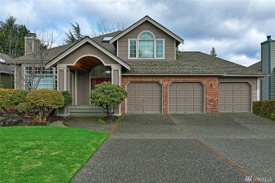 Bothell Single Family Home For Sale: 2423 240th St SE