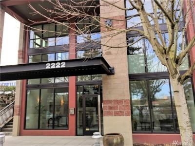 Redmond Condo/Townhouse For Sale: 2222 152nd Ave NE #306