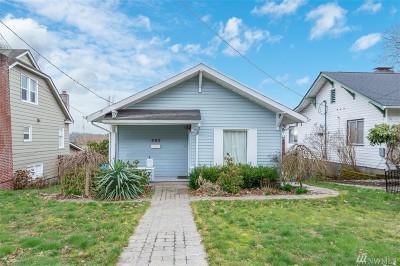 Chehalis Single Family Home For Sale: 493 SE Washington Ave