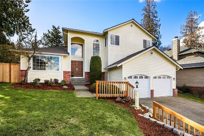 Sammamish Single Family Home For Sale: 1709 223rd Place NE