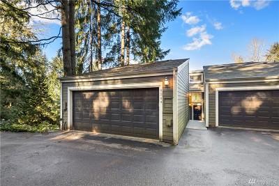 Bellevue Condo/Townhouse For Sale: 4244 155th Place SE