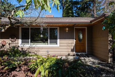 Edmonds Single Family Home For Sale: 7623 220th St SW