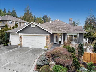 Kirkland Single Family Home For Sale: 6055 NE 135th St