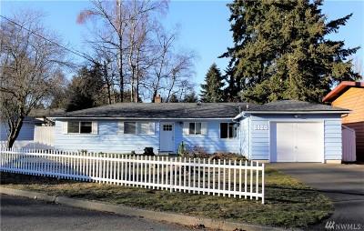 Shoreline Single Family Home For Sale: 2128 N 153rd St