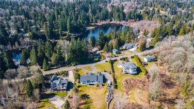 Snohomish County Single Family Home For Sale: 21633 E Lost Lake Rd
