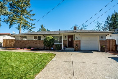 Renton Single Family Home For Sale: 222 Duvall Ave SE