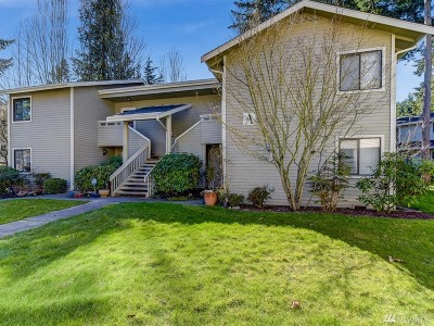 Redmond Condo/Townhouse For Sale: 9009 Avondale Rd NE #A201