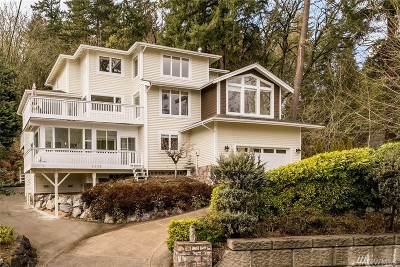 Bellevue Single Family Home For Sale: 215 W Lake Sammamish Pkwy SE
