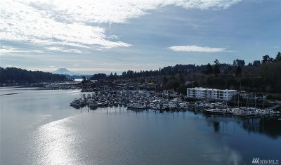 Gig Harbor Condo/Townhouse Pending: 3889 Harborview Dr #A-301
