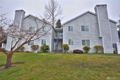 Everett Condo/Townhouse For Sale: 11712 Admiralty Wy #G
