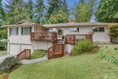 Bothell Single Family Home For Sale: 10726 Sunrise Dr