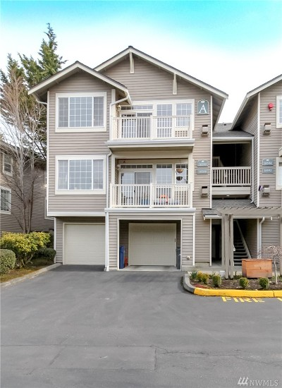 Redmond Condo/Townhouse For Sale: 18590 NE 57th Way