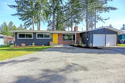 Lakewood Single Family Home For Sale: 11701 Military Rd SW