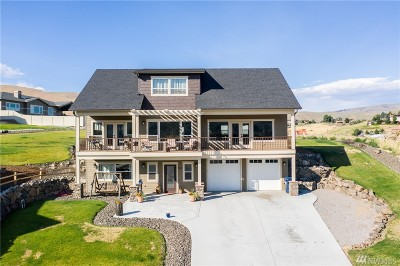 Wenatchee Single Family Home For Sale: 852 Sage Crest Dr