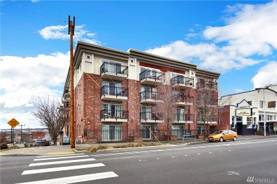 Bellingham Condo/Townhouse Pending: 1001 N State St #101