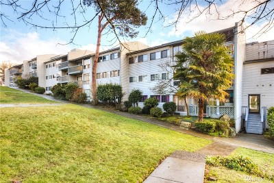 Tukwila Condo/Townhouse For Sale: 15142 65th Ave S #315