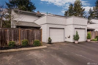 University Place Condo/Townhouse For Sale: 5513 Bridgeport Wy W #A