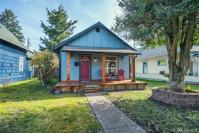 Centralia Single Family Home For Sale: 920 F St