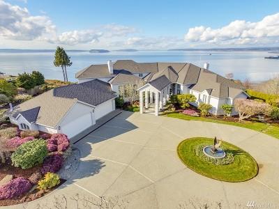 Everett Single Family Home For Sale: 954 N Park Dr