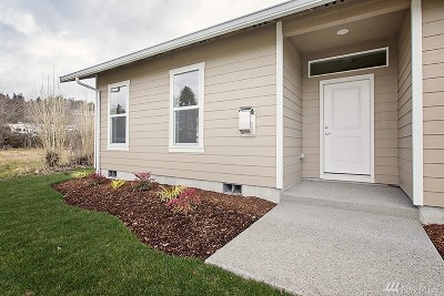 Chehalis Condo/Townhouse For Sale: 676 SW 20th St