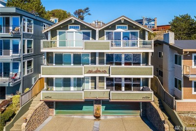Seattle Single Family Home For Sale: 3312 Beach Dr SW