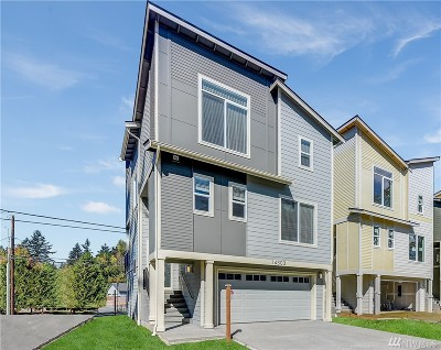 Edmonds Condo/Townhouse For Sale: 14303 47th Place W #1