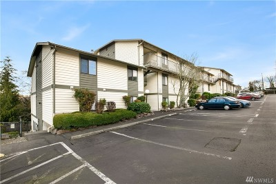 Lynnwood Condo/Townhouse For Sale: 15416 40th Ave W #D-59